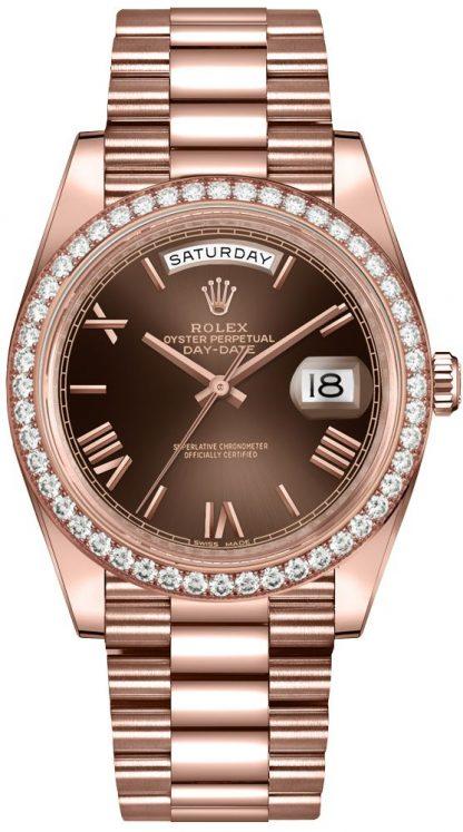 repliche Orologio da uomo Rolex Day-Date 40 quadrante color cioccolato con castone di diamanti da uomo 228345RBR